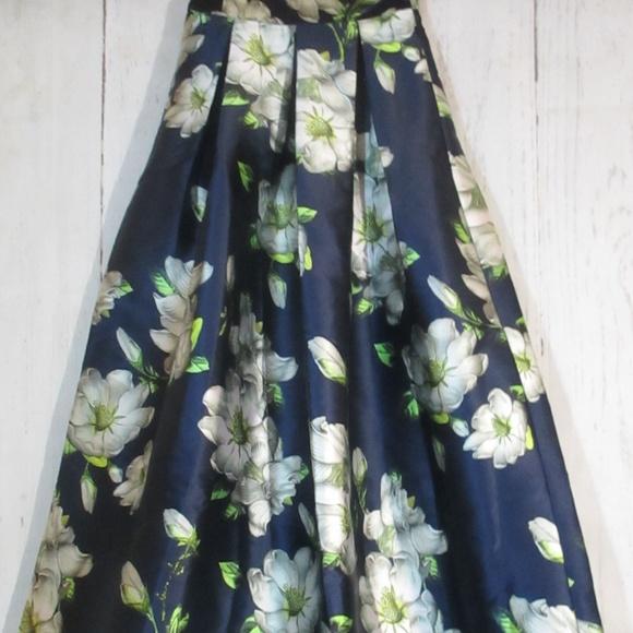 goodtime usa Dresses & Skirts - goodtime usa womens navy blue floral full skirt